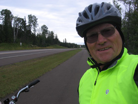 Ron - 60 years cycling-using a Spiderflex Bicycle Seat