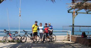 Andreas and her friends - Spideflex seat - healthy lifestyle Journey - enjoyment - Canary Islands - Spain