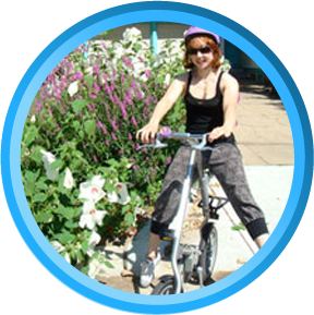 The Spiderflex hornless saddle has allowed this female cyclist to comfortably ride a shockless folding bicycle